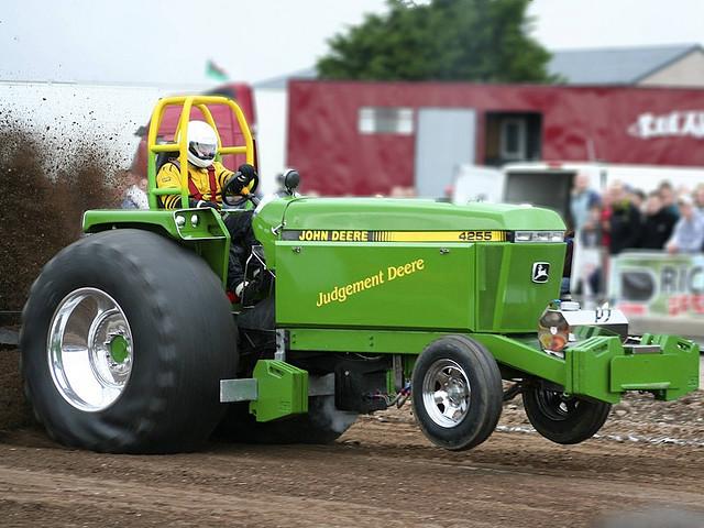 Walts Tractor Parts : Ford farm tractor parts canada